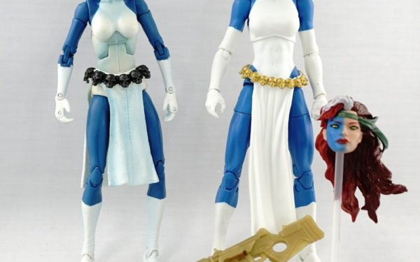 Marvel Legends – Toybiz Mystique (Sentinel BAF Wave) vs Hasbro Mystique (Walgreens Exclusive)